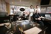 Restaurant Amici voor de Gouden pollepel - vlnr Gastheer Genaro Marfella, Eigenaar/Chefkok Angelo Lenters en Souschef Gamis El Ouardani - DEN HAAG 17 MAART 2015 - FOTO NICO SCHOUTEN