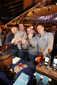 Wiskeyfestival bij Noord Aa. uniek evenement voor Zoetermeer en omstreken! Restaurant en Partypaviljoen AA-Zicht is omgetoverd tot een heus proeflokaal - ZOETERMEER 28 MAART 2015 - FOTO NICO SCHOUTEN