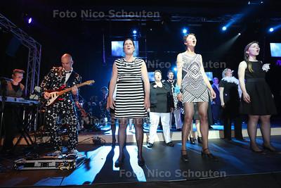 Generale Repetitie van de show Timeless on Air van Popkoor Timeless - POELDIJK 27 MEI 2015 - FOTO NICO SCHOUTEN