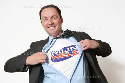 René van Winden van Stichting Mijn Held - LENTEPRIJS - DELFT 8 MEI 2015 - FOTO NICO SCHOUTEN