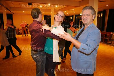 dansleraar Jeroen Haak - BLEISWIJK 19 NOVEMBER 2015 - FOTO NICO SCHOUTEN