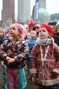 Intocht Sint Nicolaas - Plein - DEN HAAG 15 NOVEMBER 2015 - FOTO NICO SCHOUTEN