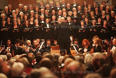 Jubileumconcert 100 jaar Oratoriumkoor De Lier - Johann Sebastian Bach - Weinachtsoratorium - DE LIER 27 NOVEMBER 2015 - FOTO NICO SCHOUTEN