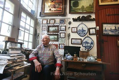 Koos Rozenburg Antiek en souveniers - DELFT 7 DECEMEBR 2016 - FOTO NICO SCHOUTEN