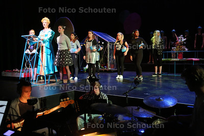 Generale repetities voor de musical 'Robi Returns' - NAALDWIJK 28 JUNI 2016 - FOTO NICO SCHOUTEN