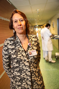 Nieuw directielid Marja Ho dac Pannekeet van Alrijne ziekenhuis - LEIDERDORP 24 MAART 2016 - FOTO NICO SCHOUTEN