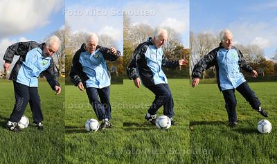 Roel Timmer - oud prof voetballer schrijft boek over kindertraining - WASSENAAR 17 NOVEMBER 2016 - FOTO NICO SCHOUTEN