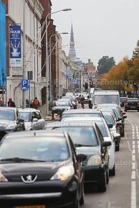 Verkeerschaos door werkzaamheden Tournooiveld garage - Mauritskade - DEN HAAG 25 OKTOBER 2016 - FOTO NICO SCHOUTEN