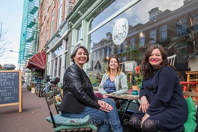 Instatour / De PR Kliniek - vlnr Sonja Schiphorst-Olderaan, Anuschka Odau en Lorraine Wernsing - DEN HAAG 6 APRIL 2017 - FOTO NICO SCHOUTEN