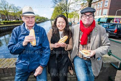 Aan tafel Socialisten - vlnr Jan Schuller, Olivia Lin en Marko Fehres - DEN HAAG 25 APRIL 2017 - FOTO NICO SCHOUTEN