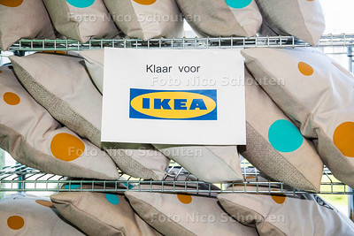 Ipse de Bruggen maakt kussens voor IKEA - 24 APRIL 2017 - FOTO NICO SCHOUTEN