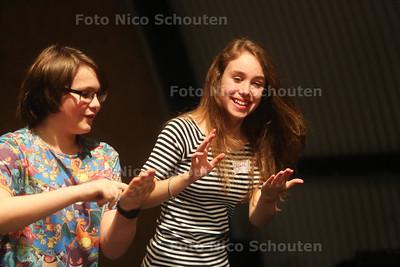 Jongeren krijgen een workshop van soapie Sander Jan Klerk in nieuwe theaterloods - 18 FEBRUARI 2017 - FOTO NICO SCHOUTEN