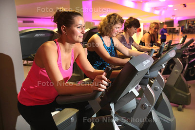 Fitnessschool voor dames, Active Ladies - VOORBURG 3 JANUARI 2017 - FOTO NICO SCHOUTEN