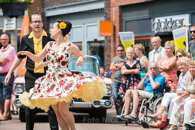 "Rock 'n Roll dag in Oosterheem, the Sweetlake Rock 'n Roll revival - Rock 'n Roll dansschool ""Dance to the 60's"" - ZOETERMEER 8 JULI  2017 - FOTO NICO SCHOUTEN"