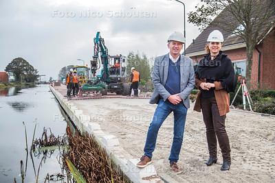 Werkzaamheden stompwijkseweg- rechts wethouder bianca bremer - LEIDSCHENDAM-VOORBURG 26 OKTOBER 2017 - FOTO NICO SCHOUTEN