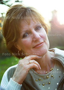 ACTRICE ELS KOK; ZOETERMEER 2 FEBRUARI 2002; FOTO: NICO SCHOUTEN