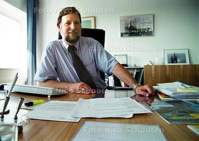 JORG PIGAHT VAN VEBA GAS & OIL NETHERLANDS; VOOR WK RUBRIEK;  DEN HAAG 17 JUNI 2002; FOTO: NICO SCHOUTEN