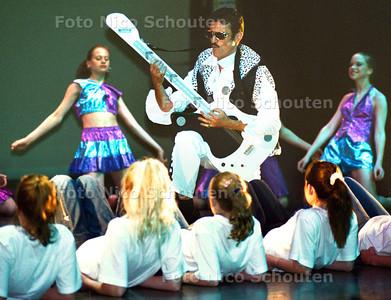 """MUSICAL """"FUSIE PIJNACJER/NOOTDORP"""" ; RIJWIJK 25 MEI 2002; FOTO: NICO SCHOUTEN"""