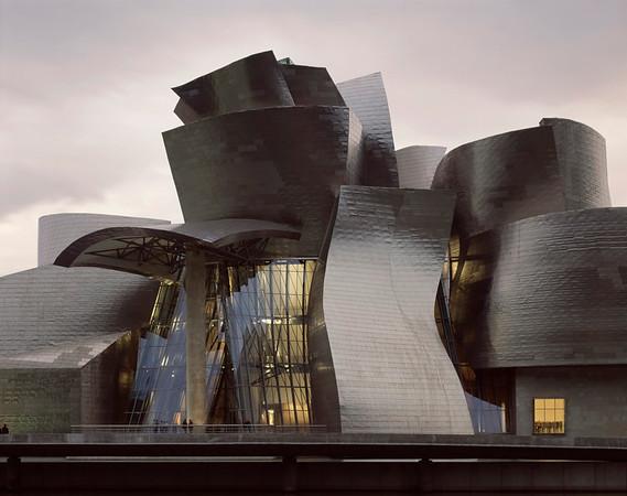 Guggenheim Museum, Frank Gehry, Bilbao, Spain
