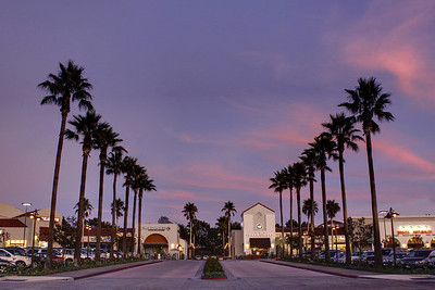 Del Mar Shopping Center 6