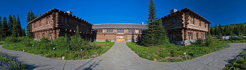 Sunrise Lodge On Mt Rainer National Park Washington.<br /> For Some Reason I didn't expect the Lodge to be Sooo Rustic...  Kinda Neat though