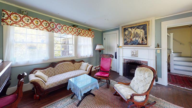 The-Kent-House-Living-Room