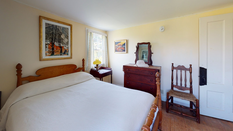 The-Kent-House-Bedroom(4)