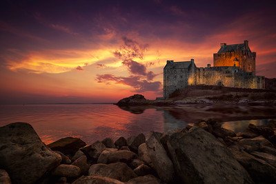 Eilean Donan Castle at night. By David Stoddart