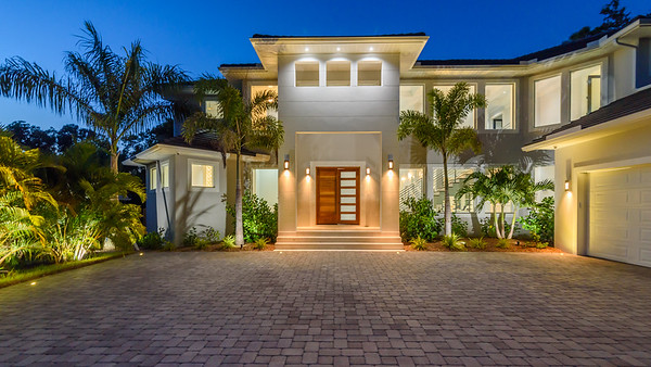 1621 N Lake Shore Dr, Sarasota, FL
