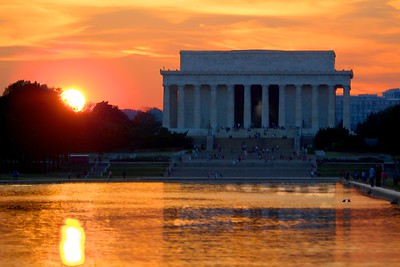 Lincoln Memorial and Reflecting Pool at sunset