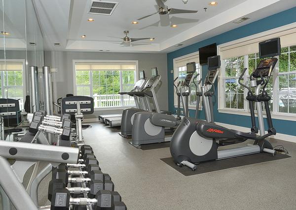 Avalon Oaks - Fitness Center