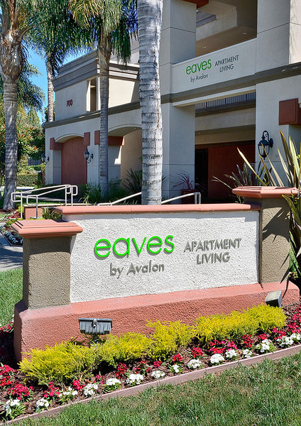 eaves San Jose West Valley
