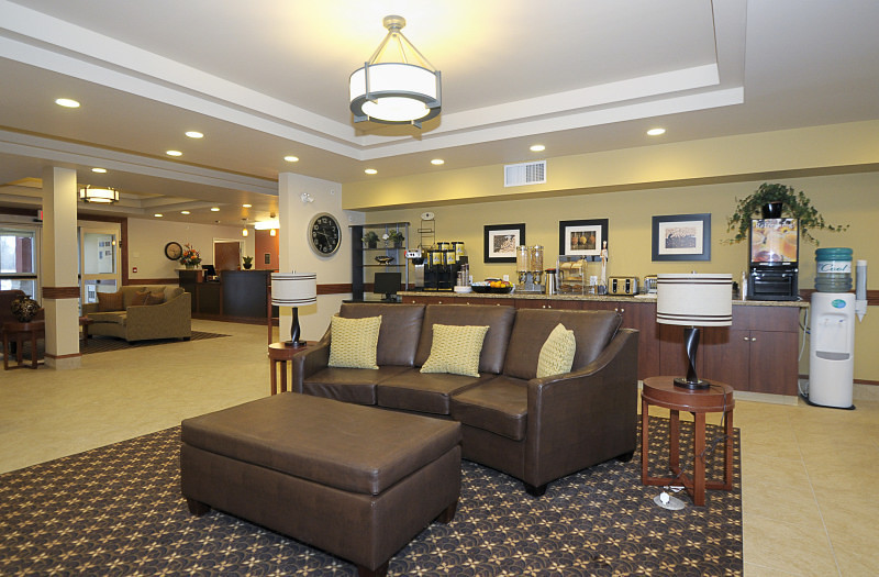 Community Room - MainStay Suites Edmonton
