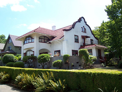 1530 SE Holly Street - Several sources prove that Alfred Faber was the designer of this home (an article in the Oregonian and Faber's name on the plumbing permit).  This is one of the 3 Morgan & Robb homes built in Ladd's Addition in 1910.  Their bankruptcy ultimately led to its purchase by William W. Graham.  This home is the connection to Faber that links the other two homes to him as well.