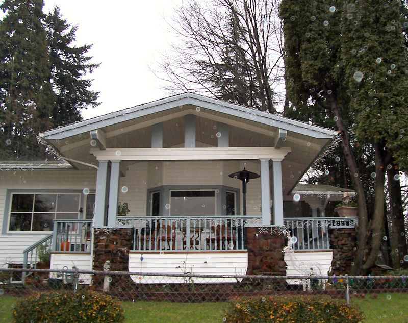 "11906 SE 19th Ave - This suburban home facing the Willamette River was featured in an article in The Oregonian on July 19, 1914, as one of Alfred Faber's designs.  The home was built for Arthur C. Heintz, who paid some $5300 for its construction.  It featured a living room with ""Santo Domingo mahogany"" and a dining room and den paneled in oak."