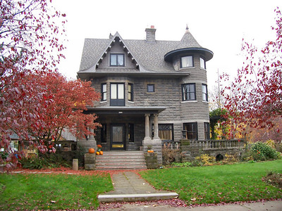 5125 NE Garfield Street - The Donahae House, designed by Alfred Faber and featured in his booklet, The House That Differs.