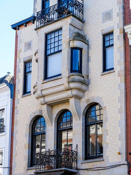 Noordeinde 136, Art Nouveau Architecture
