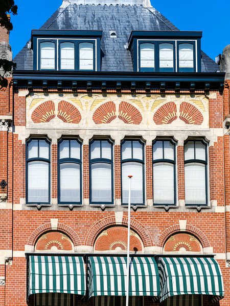 Jan van Nassaustraat 107, Art Nouveau Architecture