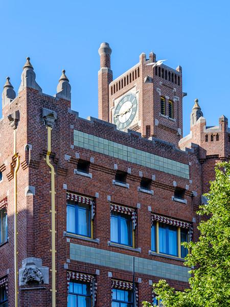 Kerkplein 1 - 3, Art Nouveau Architecture