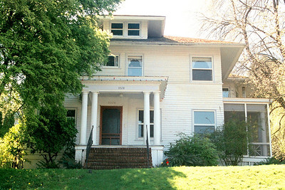 3328 NW Thurman-s