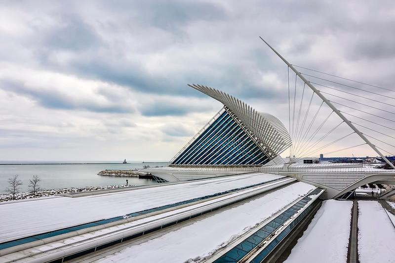 Milwaukee Art Museum (Architect: Santiago Calatrava)