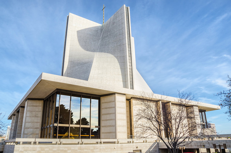 The Cathedral of Saint Mary of the Assumption (Architects: Pietro Belluschi and Pier-Luigi Nervi)