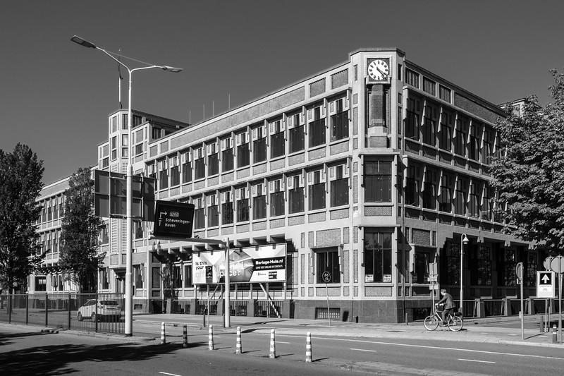 Nederlanden van 1845 Office Building