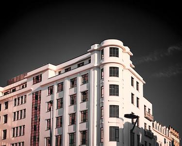 Red Light on Elite House