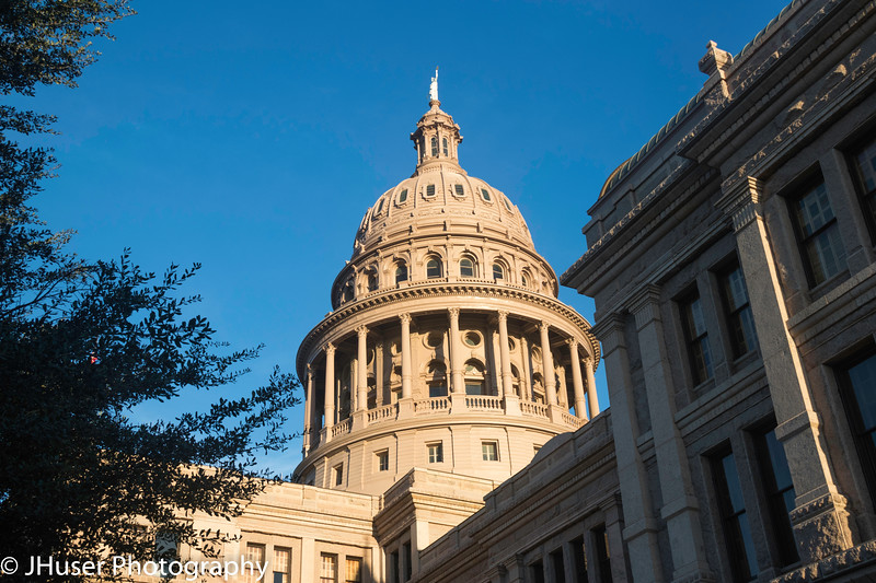 Texas State Capitol on the SW side in the morning light