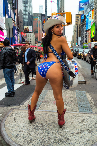 Naked Cowgirl Rear
