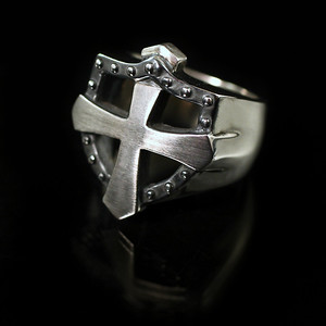 Shield/Cross ring