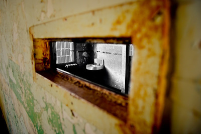The starkness of an Alcatraz cell