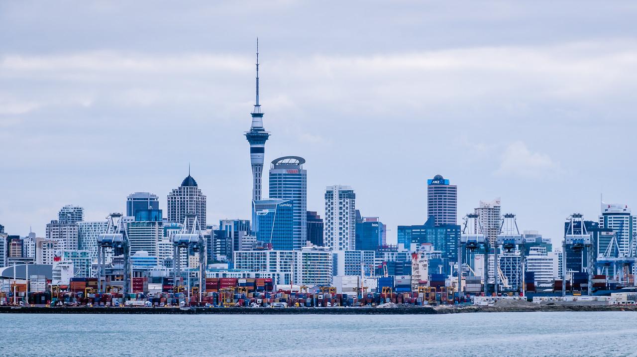 Auckland skyline, North Island, NZ