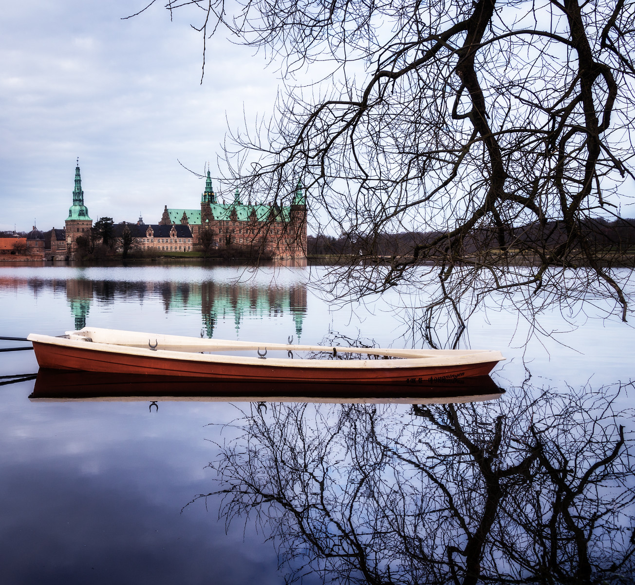 Frederiksborg castle with boat